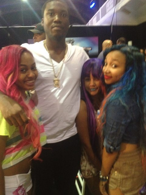 pinkyyyinthebrain:  With Meek Mill yesterday