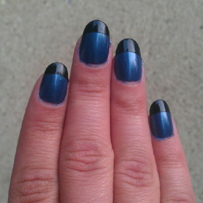 No filter. Nothing too exciting this time. #manicure #blue #black #nails  (Taken with Instagram)