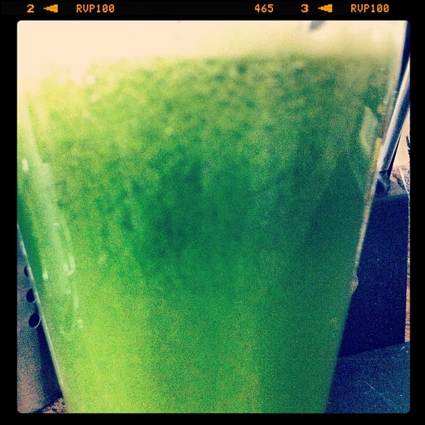 Sunday treat. #apples #spinach #peach #lime #cucumber #ginger  (Taken with Instagram)