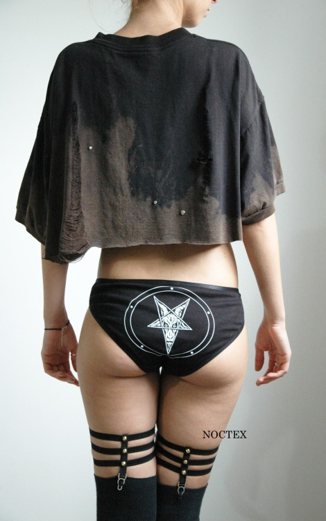 noctex:  NOCTEX Baphomet Undies/Destructued Top/Skeleton Garters