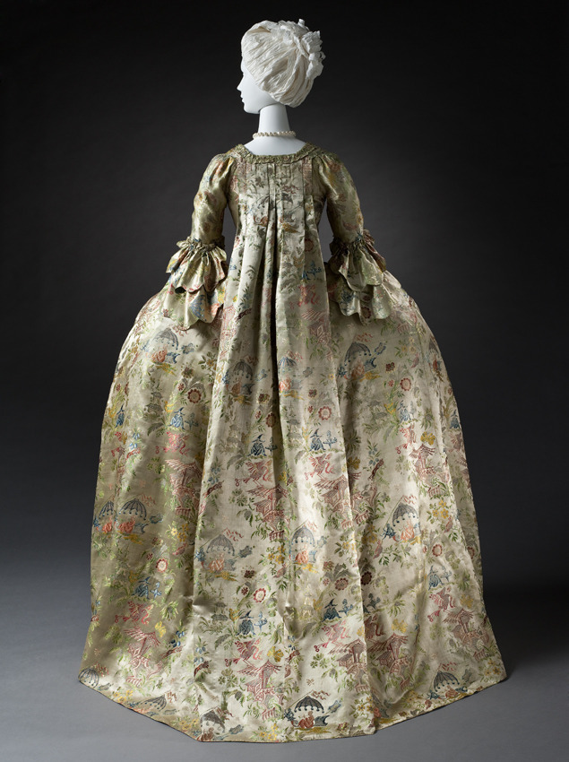Woman's Robe à la Française, or 'sack-back gown' or 'Watteau' (because Watteau has portrayed it so many times in his paintings) made with silk satin 'chinoiserie' fabric 1740-1760  18th century, Netherlands, Amsterdam