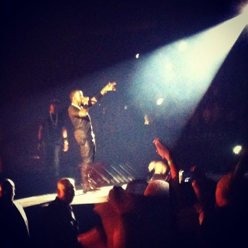 Watch The Throne. Kanye killing it as all ways. The crowd was hype. And you can see Jay striding over ready for his verse. Synchronisation like no other. #hova #jay #ye #yeezy #rocafella #concert #wtt #kanye #west #lion #king #throne #wealth  (Taken with Instagram)