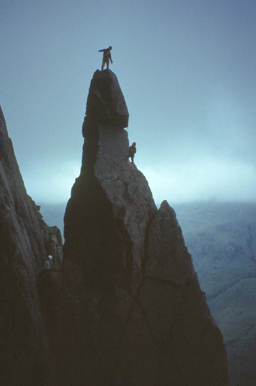 refluent:  Napes needle (by tom singleton)
