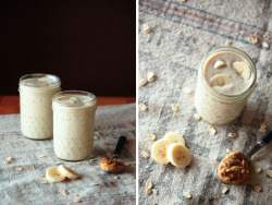 phoods:  (via Banana Peanut Butter Protein Smoothie - Home - Pastry Affair)