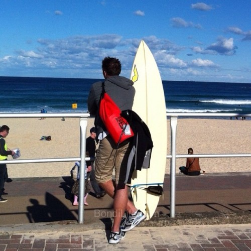 Bondi surfer #seeaustralia #bondibeach #Bondi #nsw #australia #beach #sydney #nofilter #surf #surfer #surfing (Taken with Instagram at Bondi Beach) Visit Bondi Life on Facebook | The Bondi Life Blog | Twitter | Google+ | Instagram | Pinterest