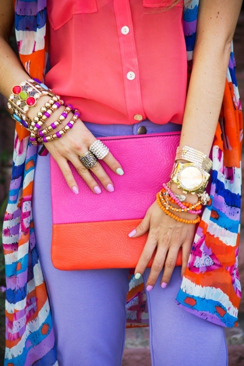 zazumi:  Bright colorblock done right.