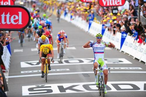 purecycling:  Sagan wins his first tour de france stage!  Props to Cancellara for the attack