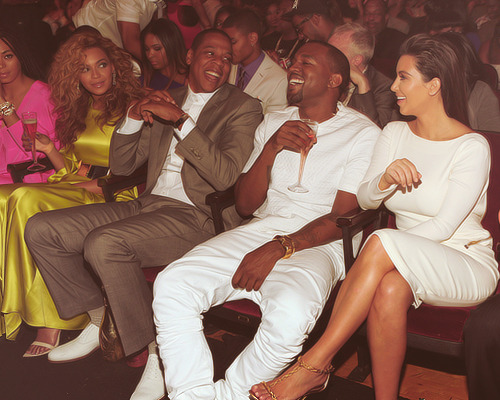 "lsade:  bambiix:  blvckscale:  Beyonce's like ""Bitch why are you even here"" ""bitch did i say you could laugh""  LMAO^  Posted on TumTum ♻"