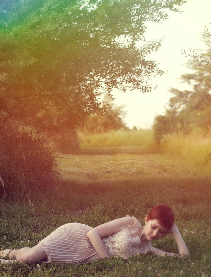theclotheshorse:  ootd, laying in fields