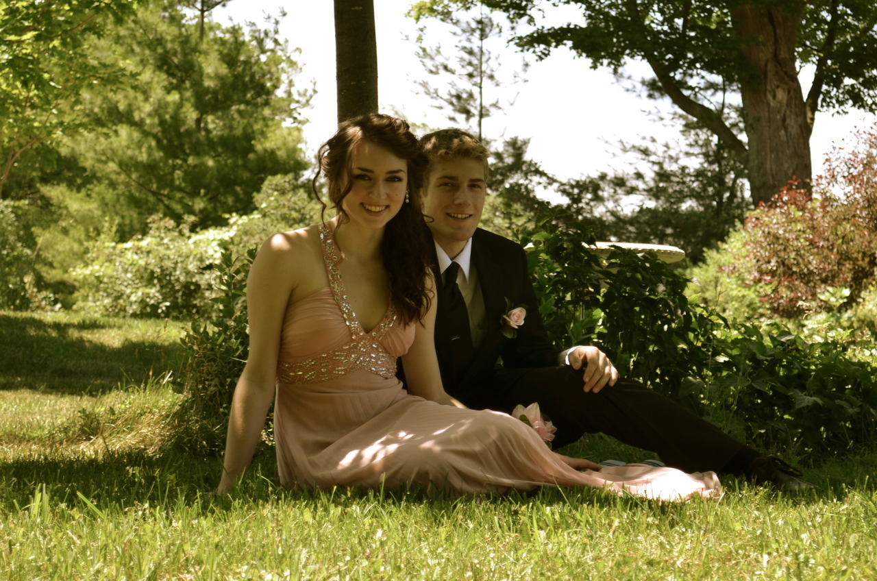 Prom with my love! Prepare for prom spam, i put a fair number of photos in my queue..