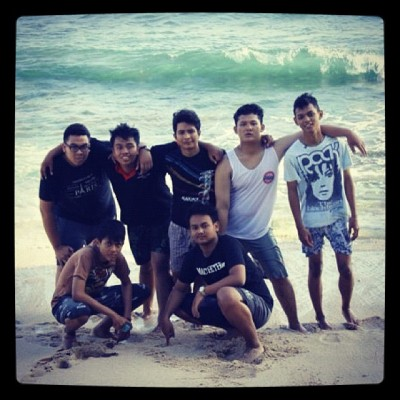 HOLIDAY in SUNDAK BEACH #me #friends #holiday #sundak #beach #photooftheday #pantai (Taken with Instagram)