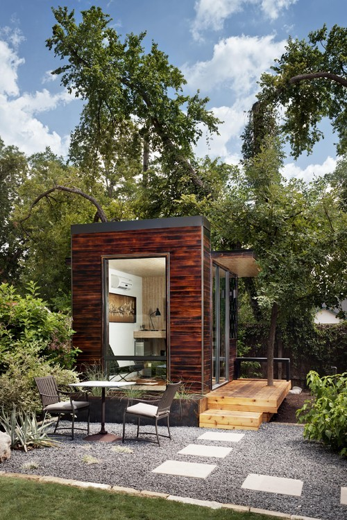 92 square foot backyard office in Austin