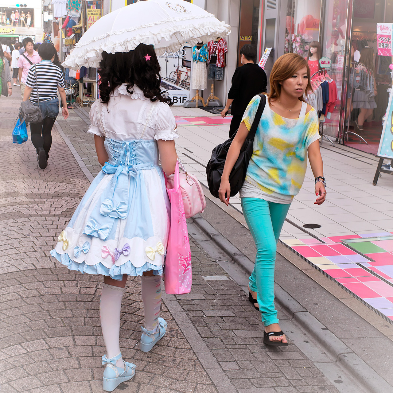 Lolita w/ Angelic Pretty parasol on Takeshita Dori in Harajuku.