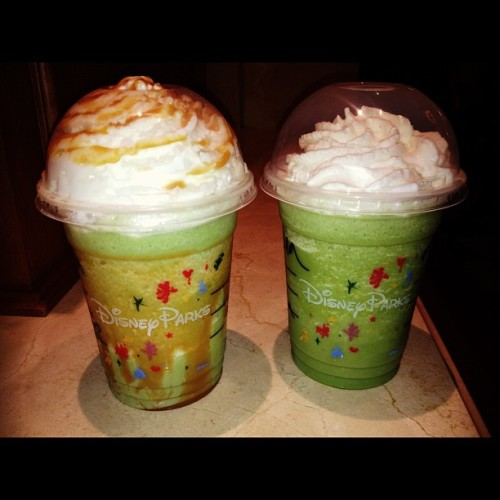 Green Tea Frappuccino #frapp #starbucks #disneyland im sure you guys all know which ones mine 😋😒😔😭 #fatgirl @dsalangsang  (Taken with Instagram at Fiddler, Fifer & Practical Café)