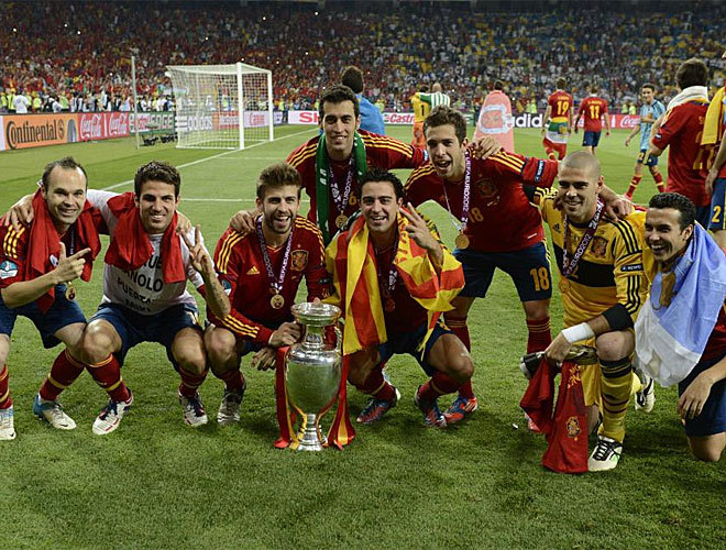 Barcelona players with the trophy.