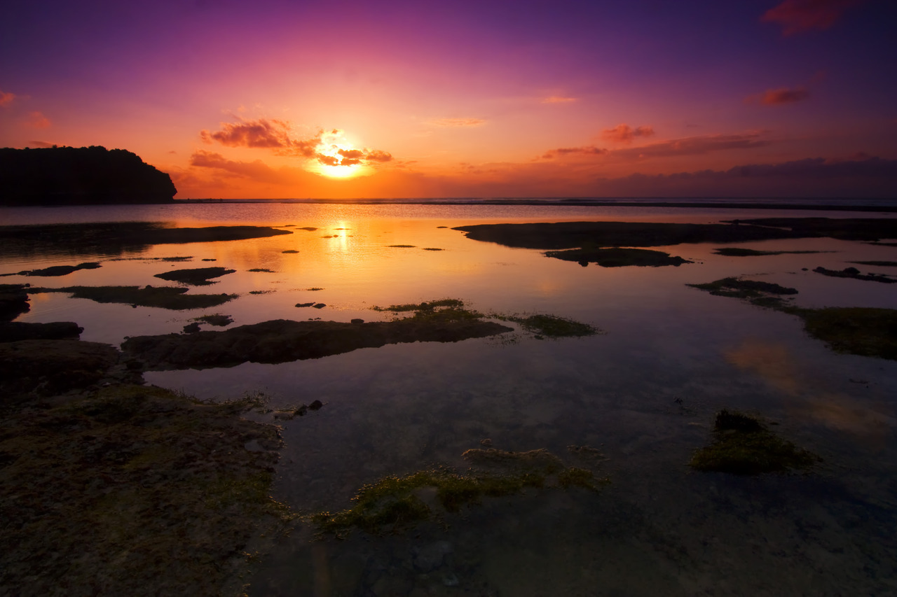 dalijo:  One fine sunset at Balangan Beach, Bali, Indonesia.
