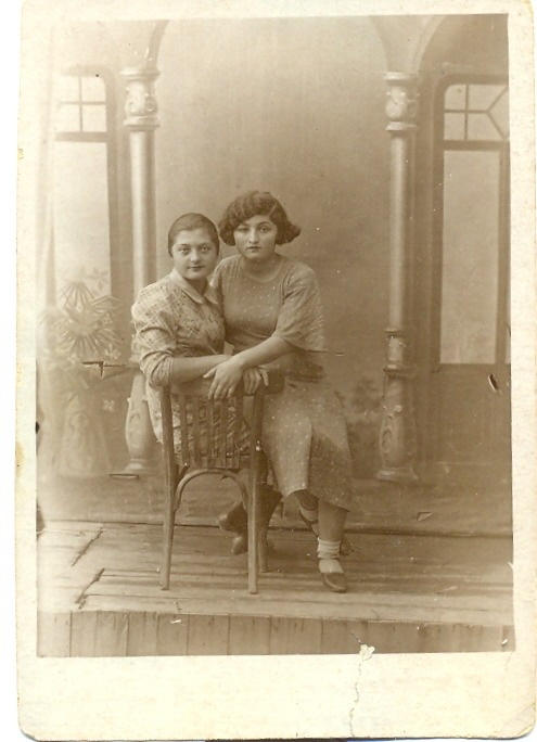 My great grandaunt and her friend, taken in 1937, in Iskra   #sovietunion #soviet #iskra #1937