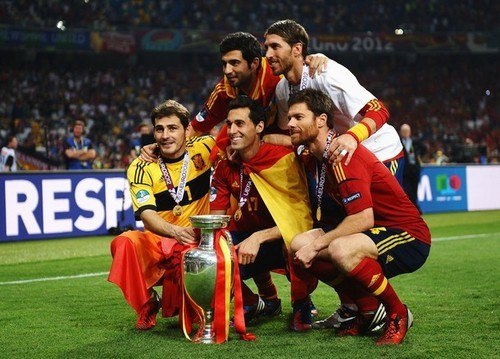 Real Madrid players with the trophy.
