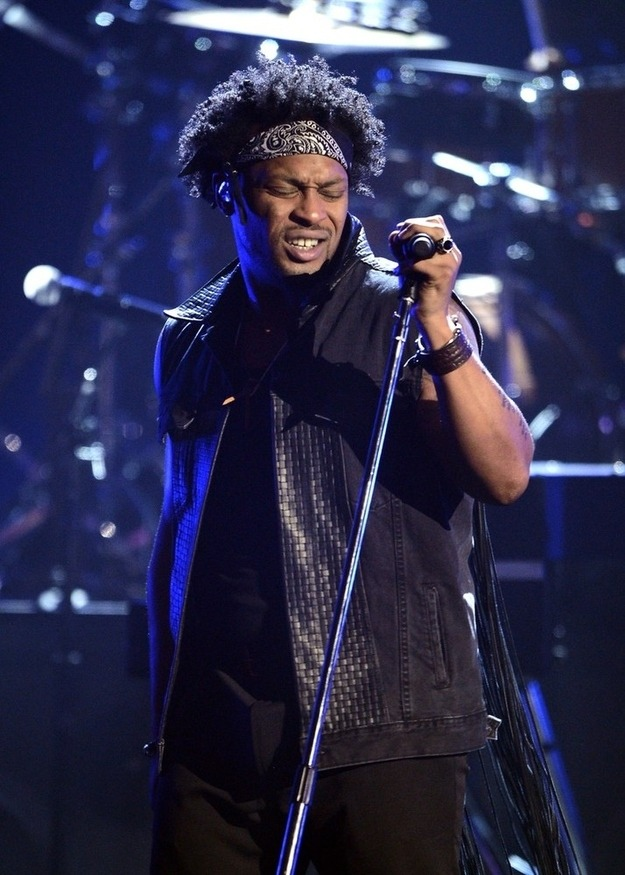 "sexartandpolitics:  imwithkanye:  Watch D'Angelo's sexy performance of ""Untitled (How Does It Feel)"" at the BET Awards. It was his first televised performance in 12 years. Welcome back sir!  Yesssssssssssssss"