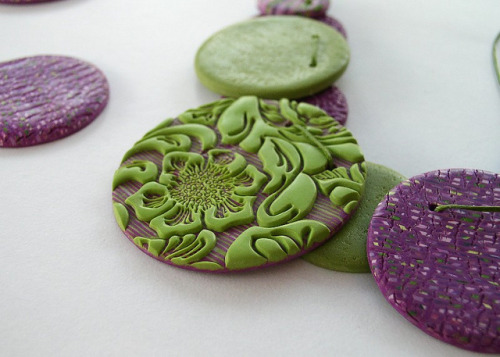Discs necklace by Angela.B on Flickr.More polymer goodness :)
