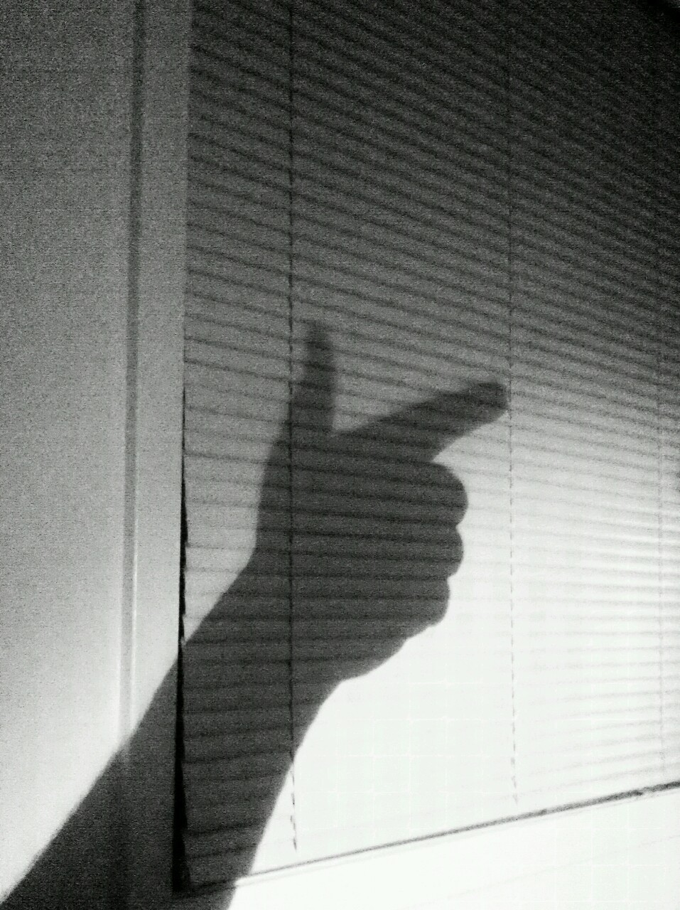 Pew pew, shadows -  Good morning, tumbl-folk.