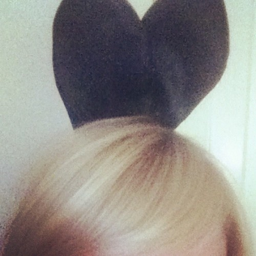 When I'm sad I stop being sad - and wear bunny ears instead. #superbunny (Wurde mit Instagram aufgenommen)