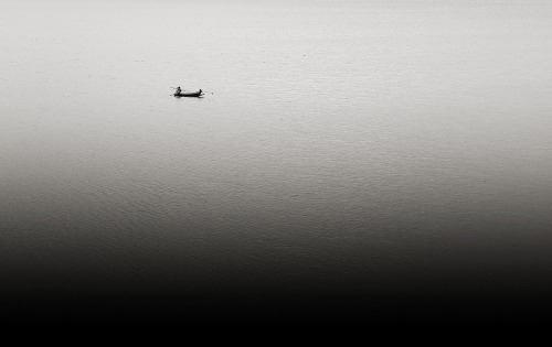 boat of zen by Anuroj Visutcharoenporn