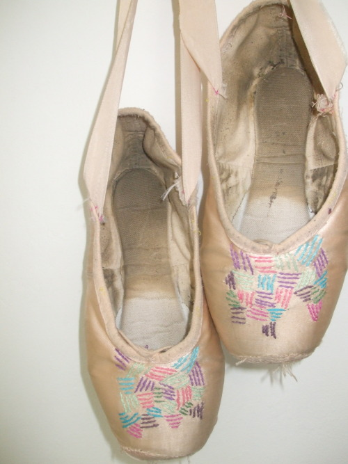 Body Electric ballet shoes, That feeling of gliding across the stage, nothing in your mind but music and rhythm, share if you know the feeling or just like the artwork, show me anything you have done/have seen that is similar. x