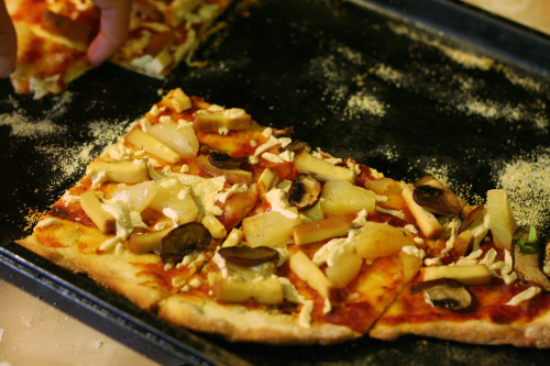 this was probably my favourite vegan pizza day 2012 pizza. i cut the smoked tofu into pizza hut style ham rectangles and added pineapple and mushroom with mozza daiya for a blast from the past. this was still an artisan style thin crust, low cheese pizza, and with a nice rich simple sauce. [Another one from Malloreigh! - ed.]