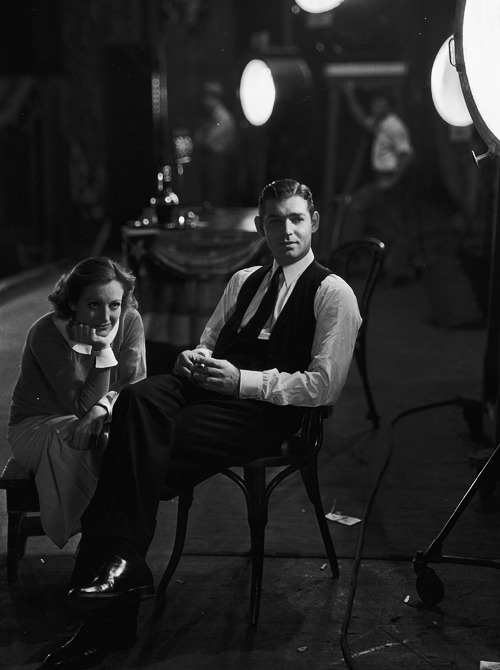 williamclarkgable:  Clark Gable and Joan Crawford on the set of Possessed, 1931.