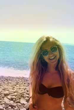 summerrays-and-beachywaves:  ❀i wanna go where the summer never ends❀