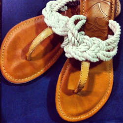 swimtohim:  theessentialprep:  [Nautical knot sandals]  Never been so in love with a pair of sandals. I must own these.
