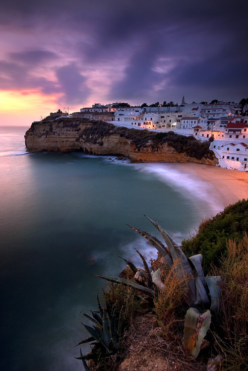 travelingcolors:  Carvoeiro Beach, Algarve | Portugal (by Antonio Marques)