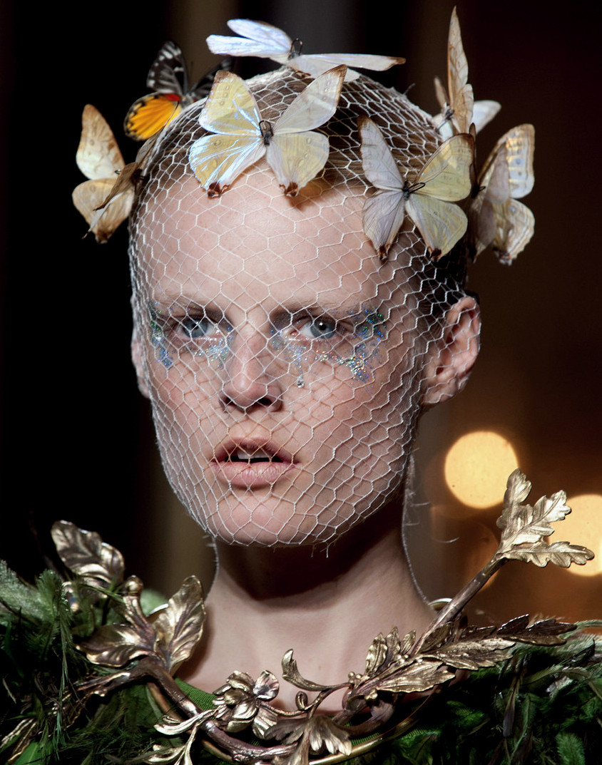 Hanne Gaby Odiele at Giambattista Valli Haute Couture Fall 2012