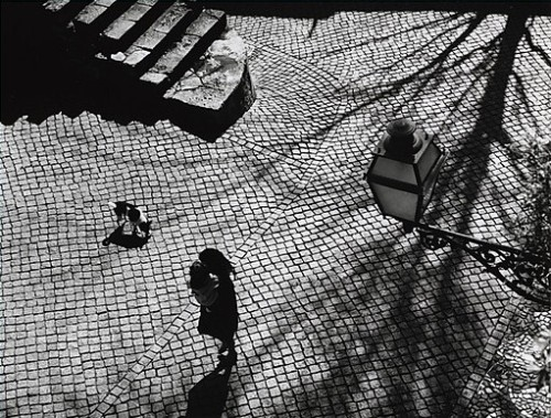 Dorothy Bohm Approach to the Castle, Lisbon,1963 Thanks to steroge