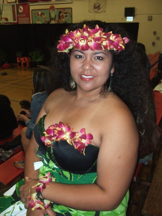Bra, Bracelet, and Head Piece made of Orchids and Ti Leaf Vines. Made for Manahere I Ori Tahiti Competition 2010  This Costume In Action: http://www.youtube.com/watch?v=PAJSgOJ8tY0&feature=player_embedded  More examples will be in soon. Please feel free to contact me any time! Thanks, Gina Mitchell