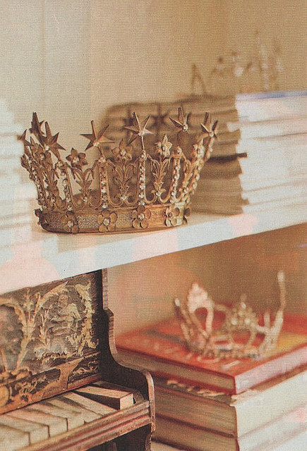 simpleandirrelevant:  Pretty Crowns by Only a Paper Moon on Flickr.