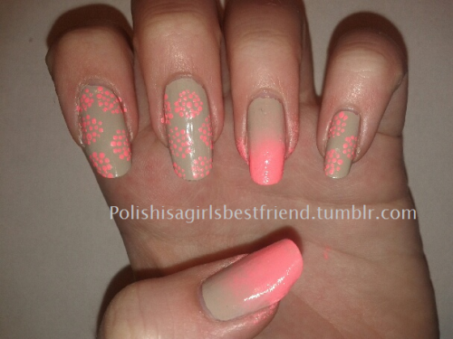 An easy polka dot/gradient combo, perfect for beginners!  Colors Used:  OPI - Did You 'Ear About Van Gogh China Glaze - Flip Flop Fantasy