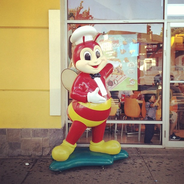 Jollibee in Queens! Taste of my childhood (Taken with Instagram)