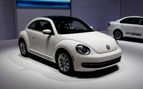 The new Volkswagen is so cute. Cooler than the old one. Get the scoop here » - ad http://bit.ly/LtkLeU