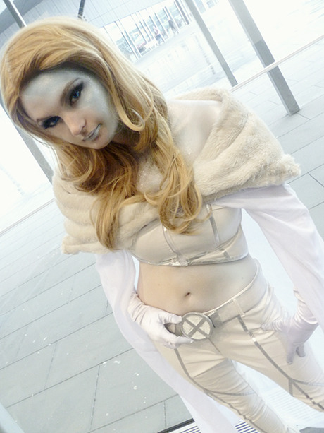 roxannameta:  comicbookcosplay:  My Emma Frost (X-Men). Submitted by punchedhitler  It's SO hard to pull off Emma, but this - the costume, the makeup, wow. Yeah.  Agreed, it was excellent work. I was lucky enough to photograph her at Oz Comic-Con, she was really nice and very co-operative.