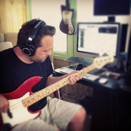 Recording bass, something i love to do.
