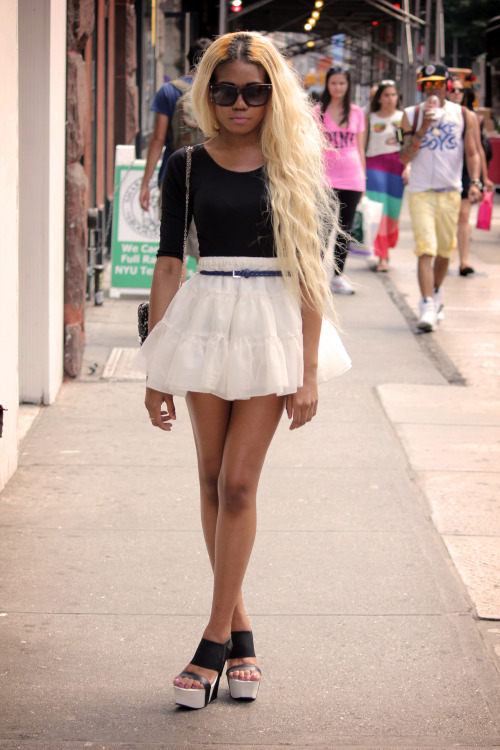 Her skirt is the cutest. Taken by aagdolla