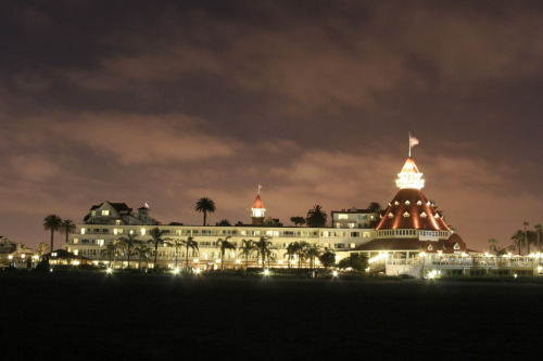 seshatdarlene:  This photo is from my trip to San Diego/Coronado Island.  This is one of the big buildings on the beach at sunset.