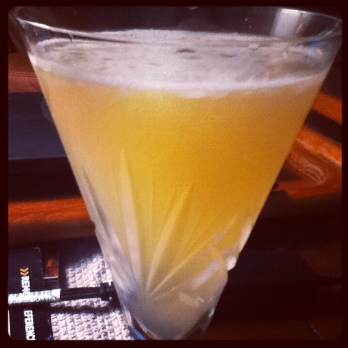 Daiquiri (classic) Ingredients: 2 oz light Jamaican rum, 1 oz + 1 tsp lemon juice (you're supposed to use lime, but I never have limes on hand), 1/2 oz simple syrup. Shake with ice and strain into a glass. Source: epicurious.com Why did it take me so long to make daiquiris? I think it was because whenever I thought of daiquiris, I thought of those bright blue slushies you get at Red Lobster. Those are a total waste of time. But the classic daiquiri is super-duper easy to make, and absolutely delicious. I definitely approve of this drink!