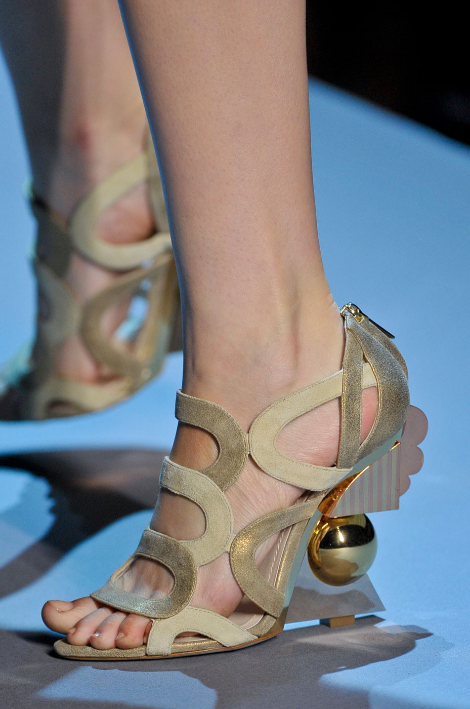 runway-shoes:  Christian Dior Couture Fall 2011