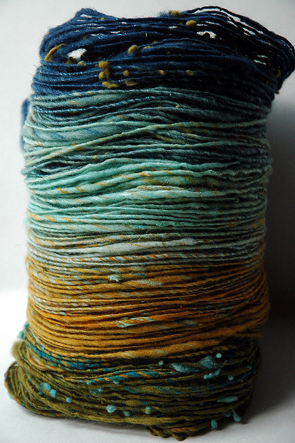herthen:  kittyknitcrochet:  I love these colors a lot.   theurchiness' flickr