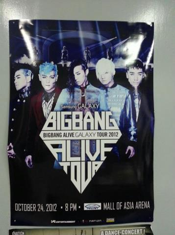 Big Bang 2012 Alive Tour Poster in the Philippines  Big Bang Alive Galaxy Tour 2012  Credit: V.I.P (BigBangforeverVIPs) Facebook
