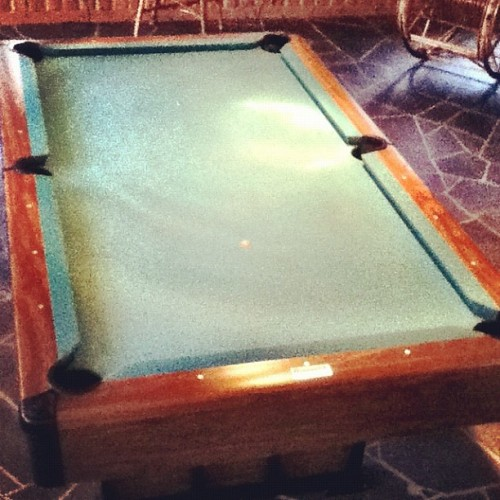 Just got a pool table in my livingroom🎱 #pool #billiard #table  (Taken with Instagram)