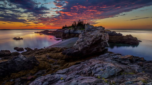 polarscope:  Low Tide at Sunrise (Taken at the East Quoddy Lighthouse in New Brunswick, Canada) by Manny Estrella